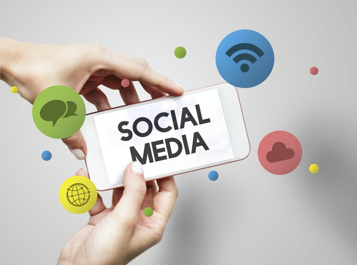 Heavily Embed Social Media